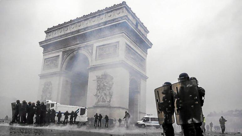s 27 - 28 imágenes que muestran el drama de las protestas en Francia