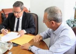 Assinado contrato de lombadas eletrônicas em rodovias estaduais