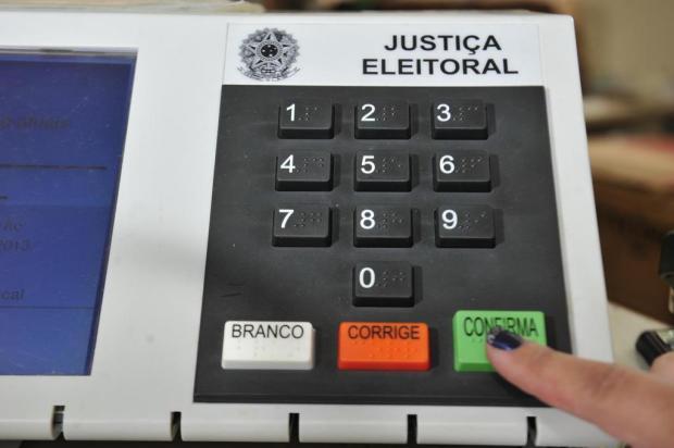 Eleitores que não votaram e não justificaram no 1º turno, podem votar normalmente no 2º turno
