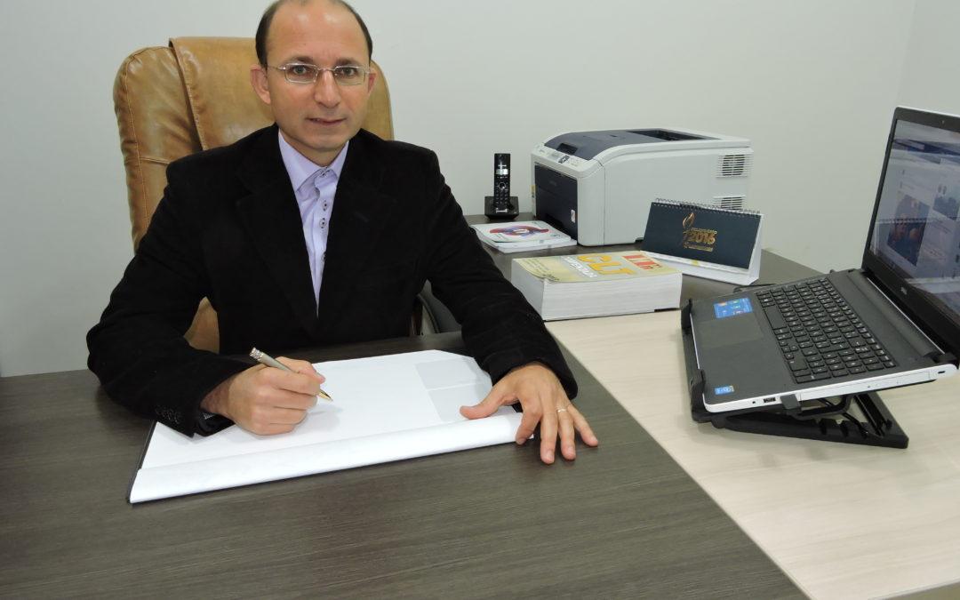 Presidente do Sincomerciários fala sobre retirada de trecho em MP sobre trabalho aos domingos