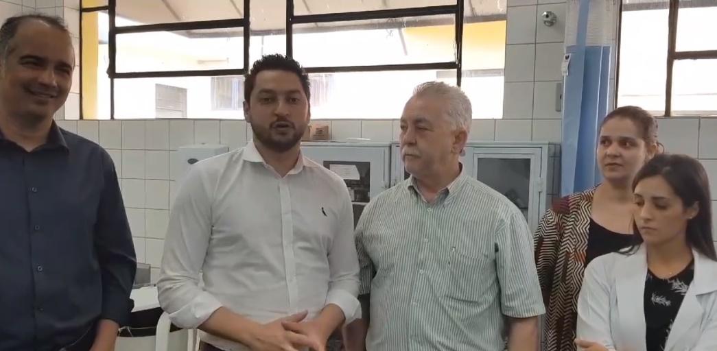 Secretário de Desenvolvimento Regional do Estado visita Tarumã e conhece instalações de projeto de Telemedicina