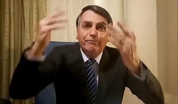 Para historiador, sinceridade de Bolsonaro o coloca em uma posição de conflito