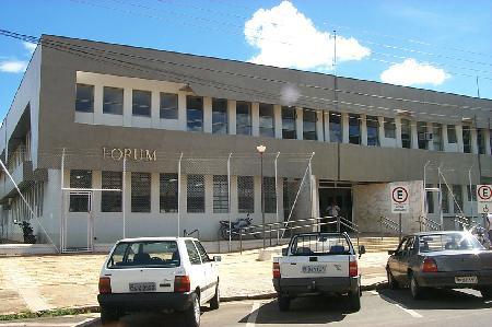Associação Forense da Comarca de Assis reúne servidores do Fórum para iniciar tratativas salariais