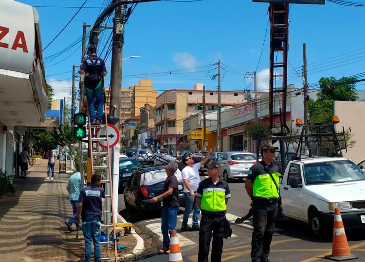 Avenidas Rui Barbosa, David Passarinho e Dom Antônio recebem câmeras de vídeo monitoramento