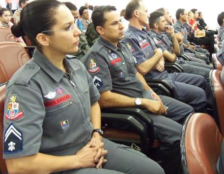 Cabo Maria Baracho do Corpo de Bombeiros fala dos desafios das mulheres em profissões de risco