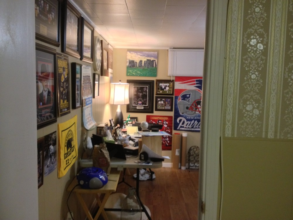 Welcome to the Man Cave (1/5)