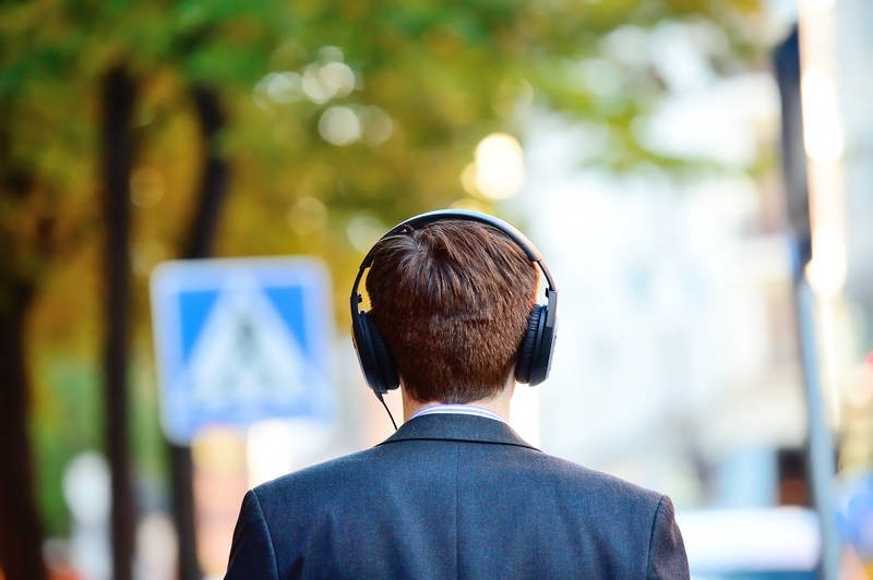 12 Podcasts That Every Indian Entrepreneur Should Listen To