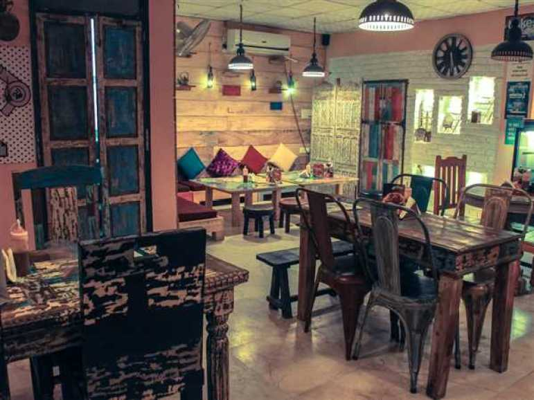 cafes-to-work-in-noida-image1
