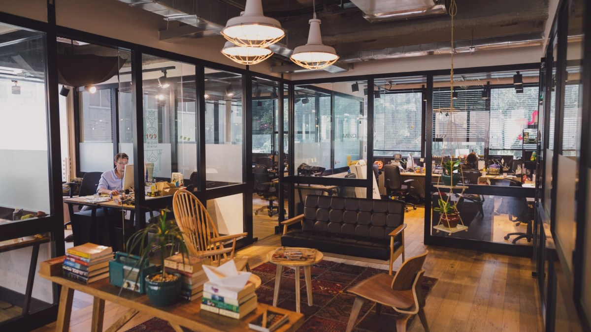 11 Affordable Coworking Spaces In Delhi Under 5K For Startups