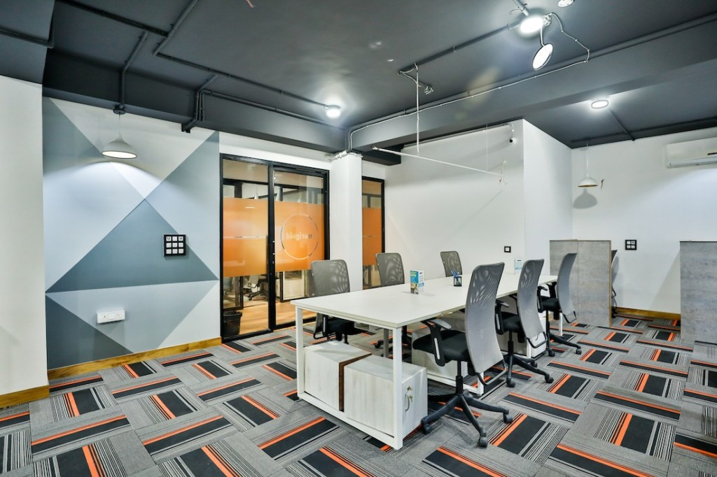 coworking space on Golf Course Road - myHQ