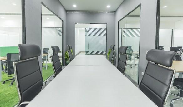 book meeting rooms in Delhi - myHQ