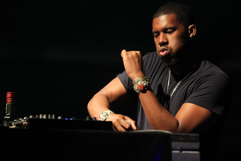 flying-lotus-grand-theft-auto-station