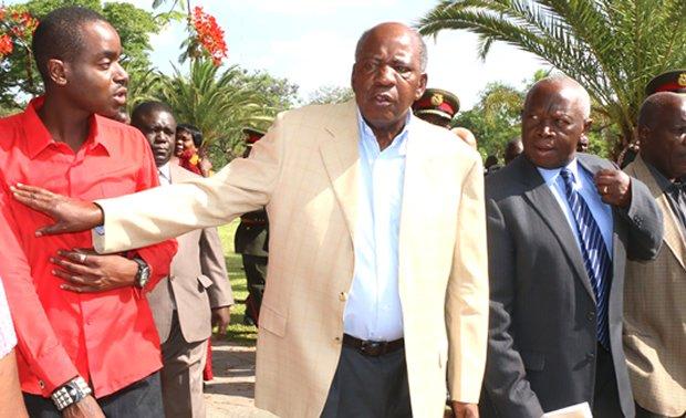 Former Finance Minister Alexandra Chikwanda shelds a PF cadre in Lusaka-Picture by Tenson Mkhala