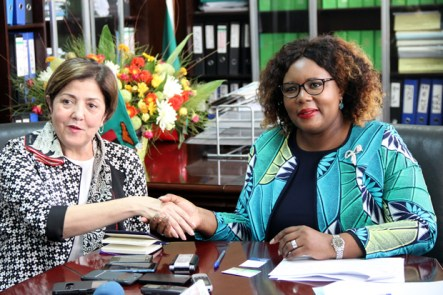 Agriculture minister Dora Siliya with International Fund for Agriculture Development country director Abla Benhammouche during press briefing in Lusaka-picture by Tenson Mkhala