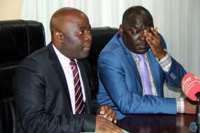 Defense minister Davis Chama with Home Affairs counterpart Stephen Kampyongo during a joint press briefing in Lusaka -picture by Tenson