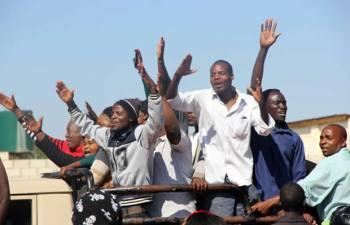 UPND supporters at Court-Picture By Tenson Mkhala