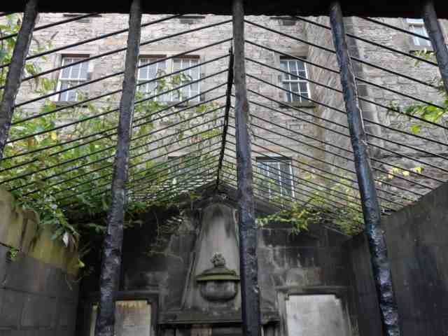 Caged Lair, Greyfriars Kirkyard, Edinburgh