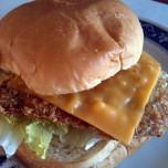 チーズマグロカツバーガー 320円