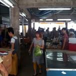 町営市場でのんびり開催中