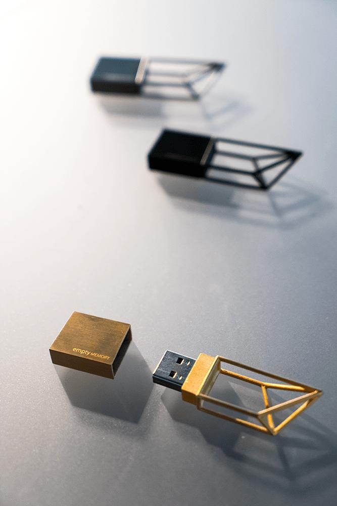 USBメモリカッコイイ!
