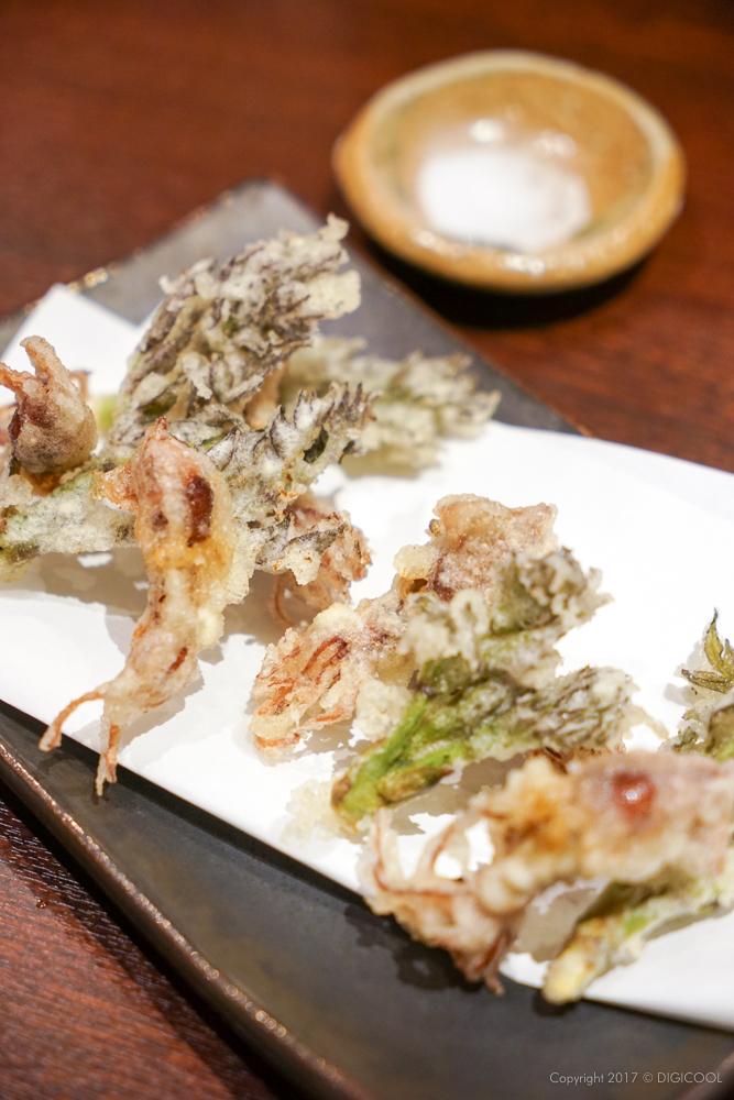 蛍烏賊とタラの芽の天ぷら