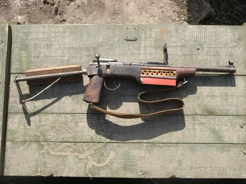 チェチェンで押収されたハンドメイドの銃たちがカッコイイ