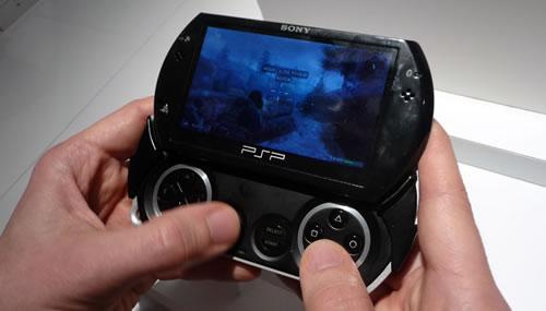ソニー、『PSP Go』を発表。発売日は11月1日!