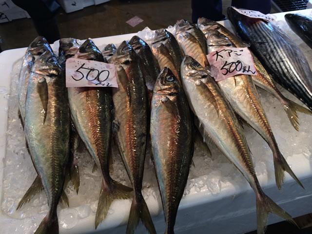 report-131109-nagahama-sengyo-market06