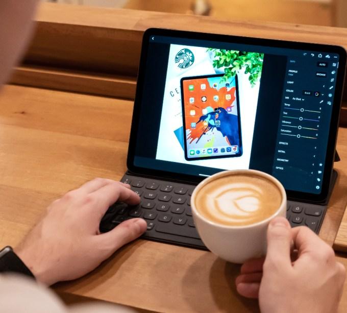 ipad smart keyboard folio ケース apple
