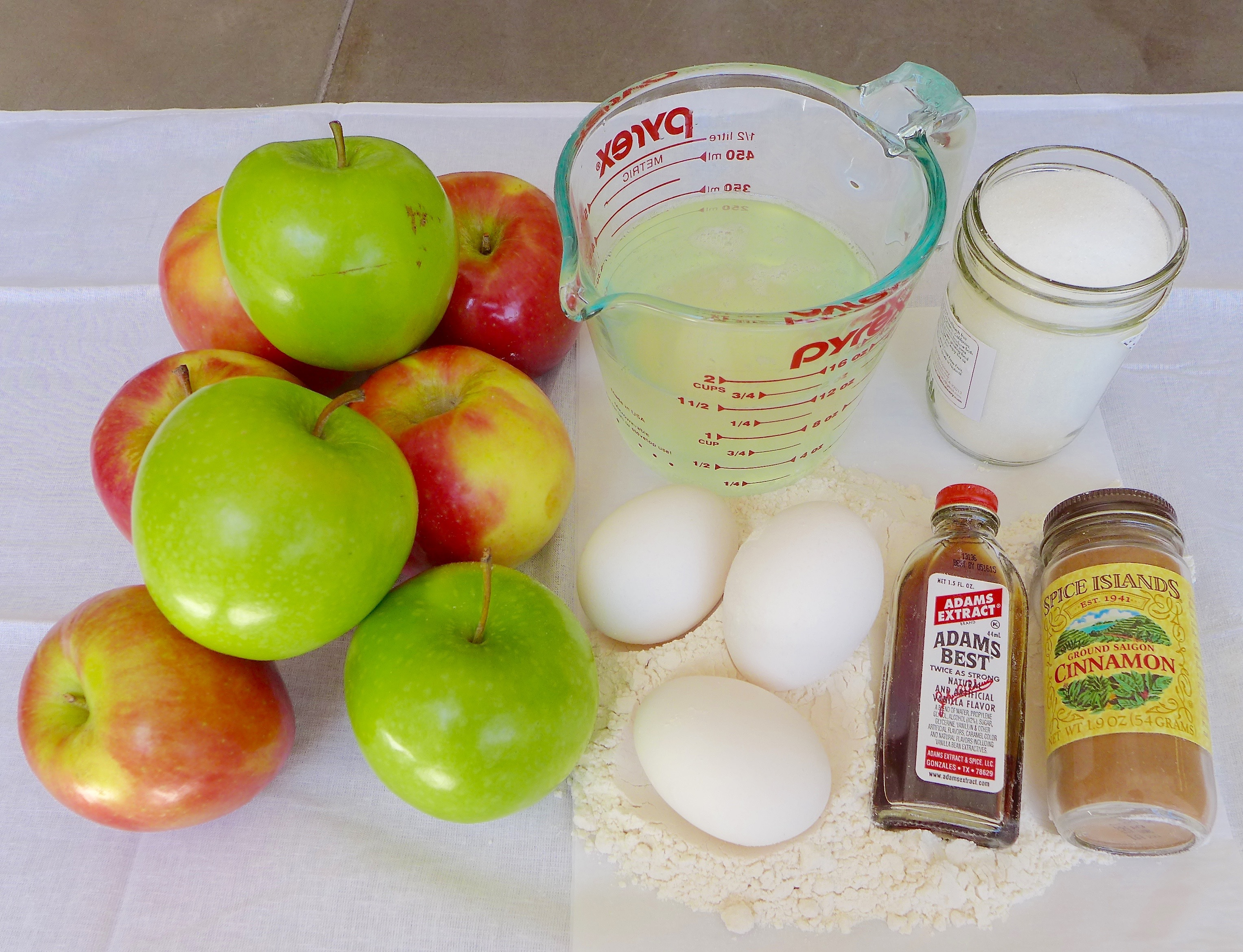 Ingredients for apple pie cake