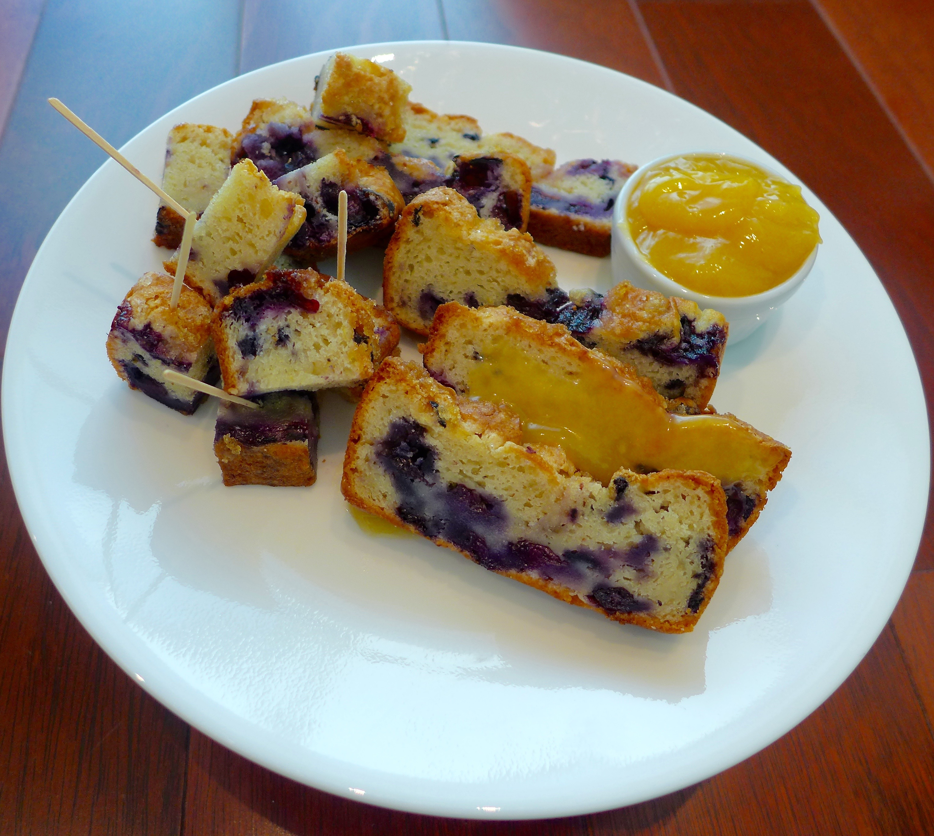 Let's face it: muffins are really little cakes. Use the same batter to make blueberry loaf cake instead. It's especially good with a dab of lemon curd. Cut into slices or cubes and serve with toothpicks.