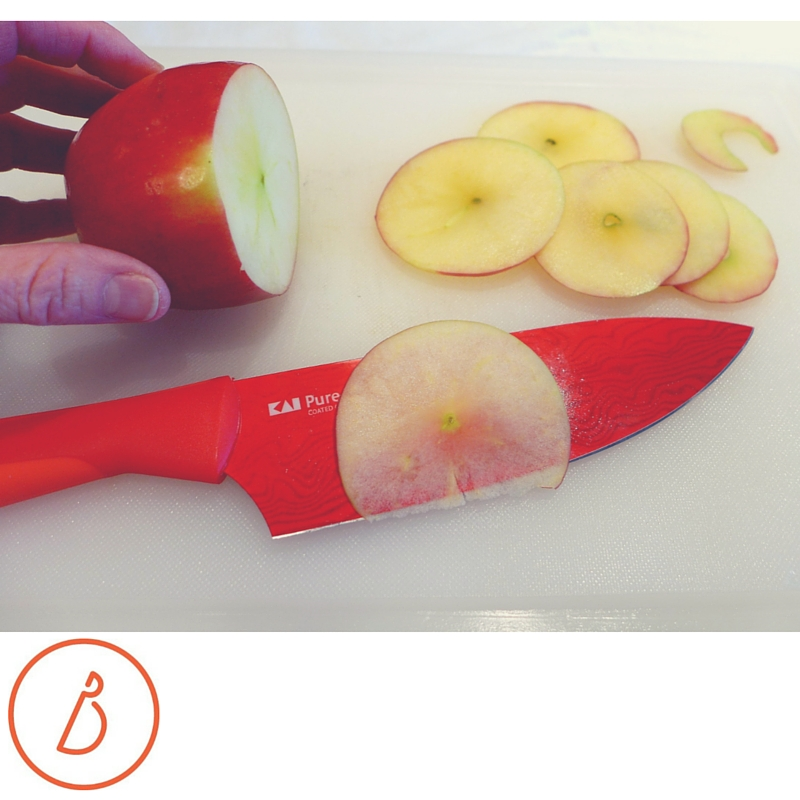 Slicing apples on the side