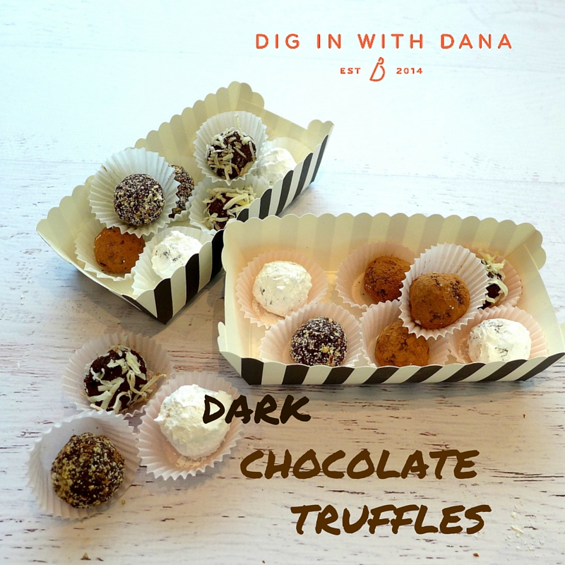 Dig in to EASY Dark Chocolate Truffles!