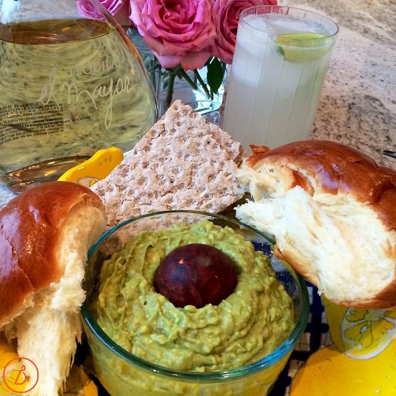 Guacamole,crackers and margaritas