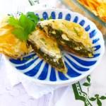 Easy Spanakopita ( Greek Spinach Pie) -- a simple vegetarian recipe you'll love at diginwithdana.com