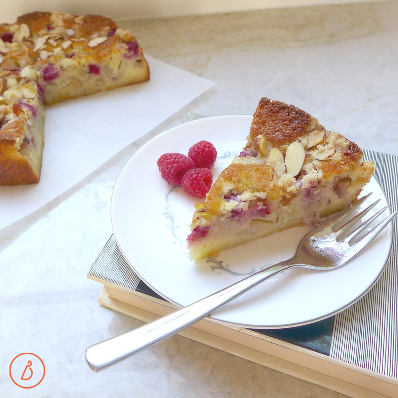 Simple and elegant, White Peach and Raspberry Crumble Cake at diginwithdana.com