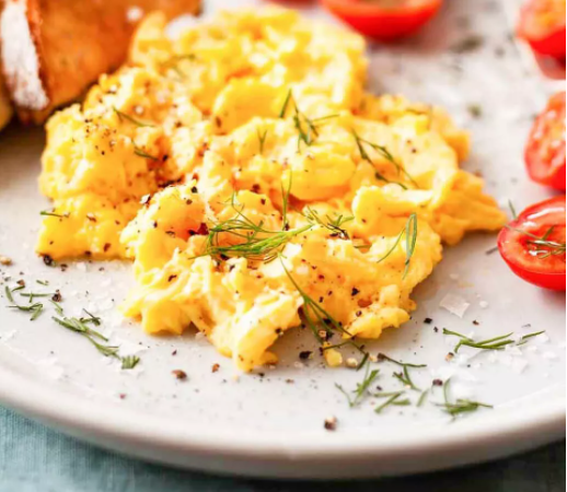 How To Make Fluffy Scrambled Eggs for Breakfast