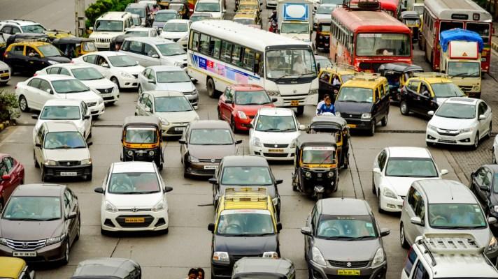 heavy traffic in Mumbai, India