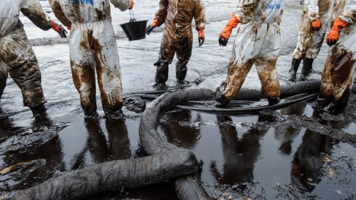 Preventing oil spill