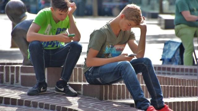 internet addiction signal