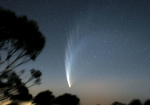 Comet_McNaught_24mm.jpg