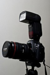 Canon 5D Mk2 w/ 580 EXII