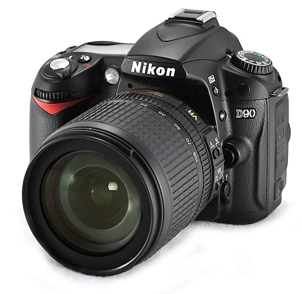 Nikon D90 DSLR [REVIEW]