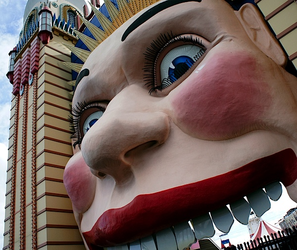 Luna Park face 2.JPG