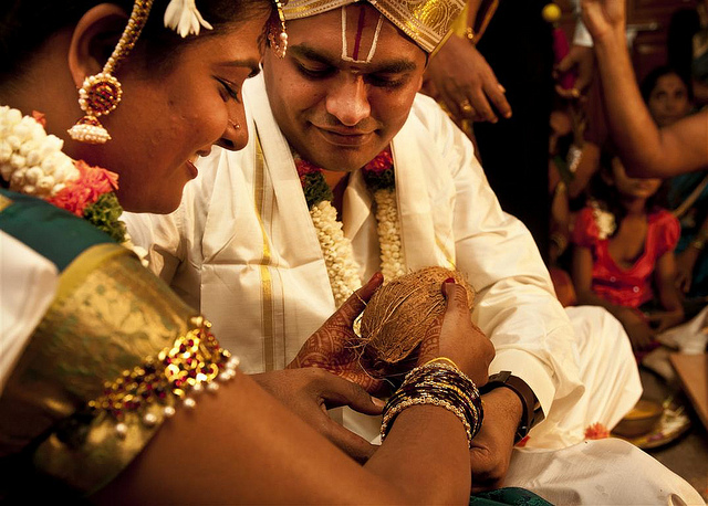 How To Photograph A Hindu Wedding