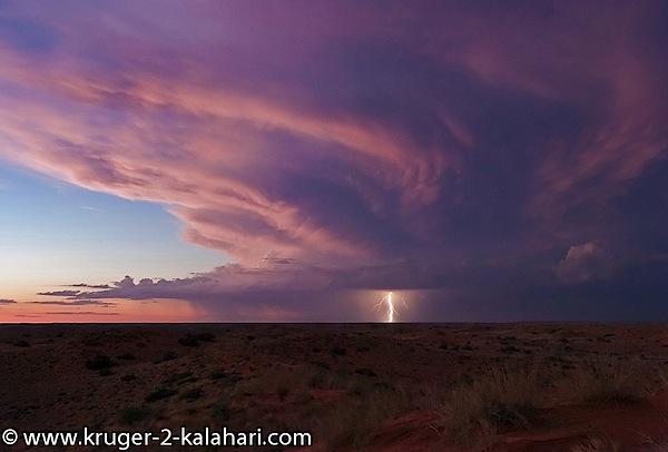 Kgalagadi-Lightning-storm-KielieKrankieCamp.jpg