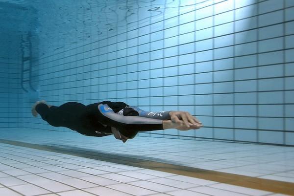 Image: Underwater Glide - Copyright jayhem