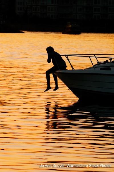 silhouette-boy-lake.jpg