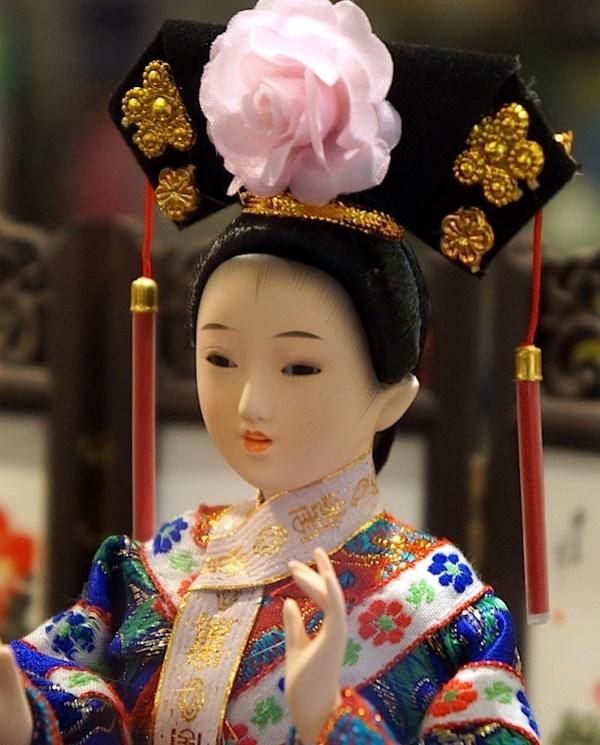 sony-nex-7-Japanese doll 2.JPG