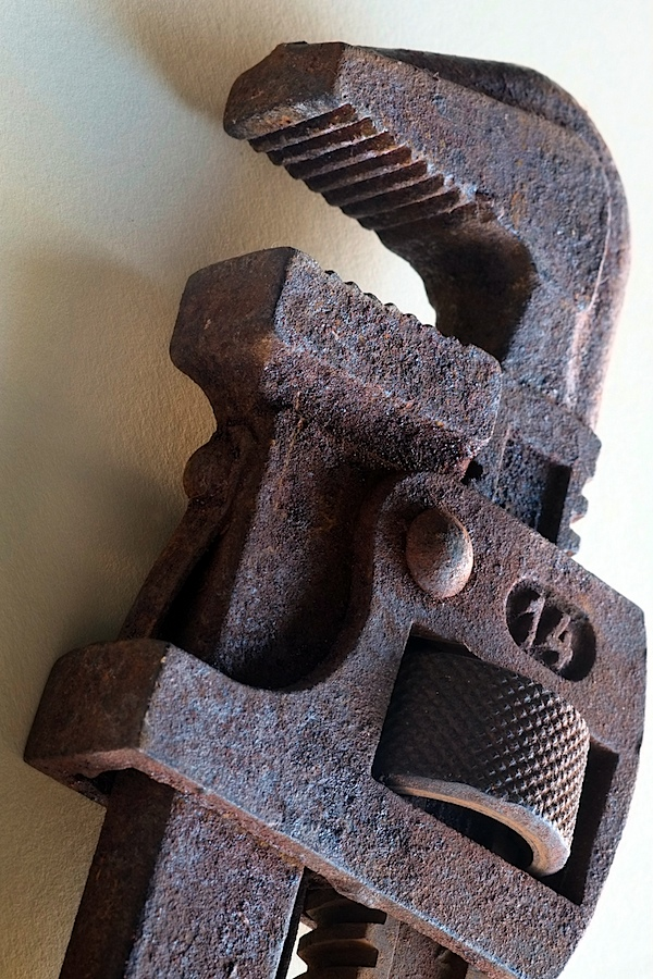 Rusty spanner 3.JPG